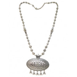 Designer and Good Looking Necklace