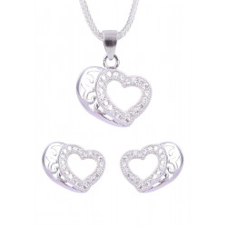 Abhooshan Charming Heart shape Cz Pendant Set with Chain in 925 Silver