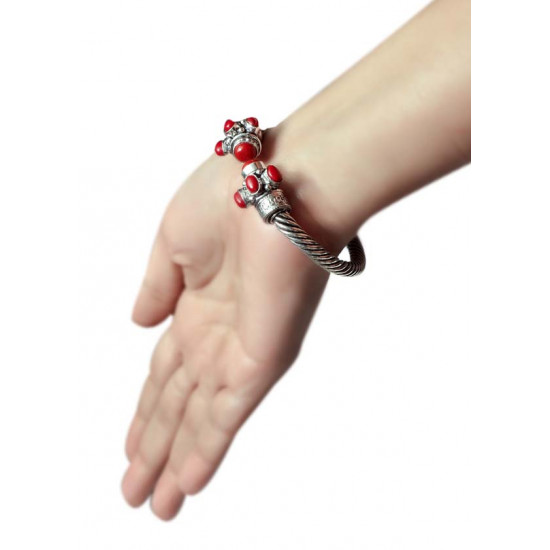 Handmade Designer Traditional Front Open Bangle/Kada Silver Alloy Red Coral Stone for Women and Girls Gift for Mom Bhabhi Sister Wife Friend Birthday Anniversary
